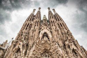 Templo Expiatório da Sagrada Família - Arquitetura de Barcelona